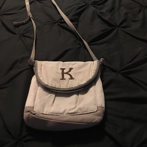 Ladies 31 purse with K embroidery